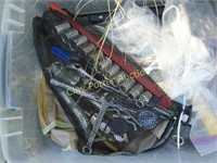 Tote of sockets