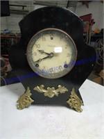 ANTIQUE CLOCK AUCTION