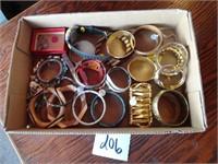 Elsing 2nd Hand/Vintage Shop Liquidation #3 - Jewelry