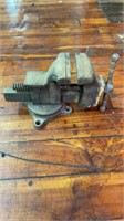 Spring Tool, Lawn & Sporting Goods Auction