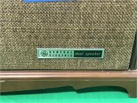 General Electric FM/AM Radio