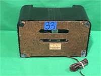 Vintage Radiola Radio
