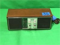 Lloyd's AM/FM Solid State Two-Speaker Radio