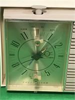 Vintage Zenith Alarm Clock Tube Radio