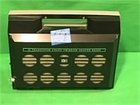 AIWA FM/AM/MB  Deluxe Transistor Radio