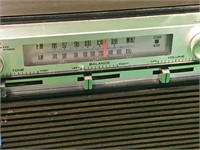 Vintage Sears Solid State AM/FM Stereo Radio