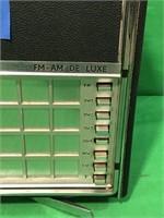 Norelco FM/AM Deluxe Radio