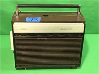 Vintage Sears Solid State AM/FM Radio