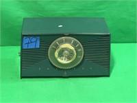 Emerson Vintage Radio, Model 812, Series B