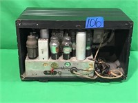 Vintage tube Radio