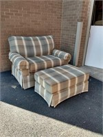 "Masterfield Settee/Oversize Chair + Ottoman 48""L"