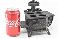 Small Cast Iron Toy Stove w Accessory Pots/Pans,
