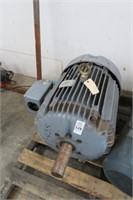 Dual Machinery Tools Hsehold Vehicles Trailers 5/15 10AM