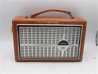 SILVERTONE 800 Transistor Radio w/ Cowhide Case