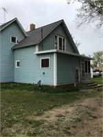 400 E 5th St - Glenvil, NE 68941