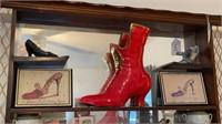 Mirrored Display Shelf, Shoe Figurines, etc.
