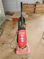 Dirt Devil Swivel Glide Vacuum