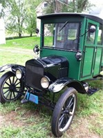 1920 Ford ET truck chassis w/Pierce truck body