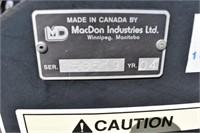 2004 MacDon 16ft. Mower Conditioner, Steel