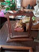 ANTIQUE PICTURE FRAMES,  WALL HANGINGS,  PIOE AND