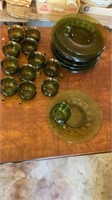VINTAGE GREEN GLASS CUPS AND PLATES SET