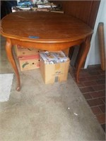 WOOD DINING ROOM TABLE, NO CHAIRS, NO LEAVES -