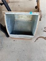 METAL TILLER PIECE AND METAL AND WOOD BOX