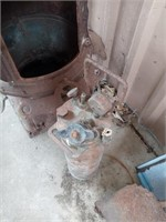 COPPER EXTINGUISHER AND METAL WOOD BURNING STOVE