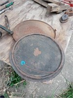 CAST IRON GRIDDLES AND MISC METALS