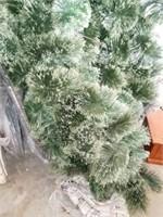 CHRISTMAS GREENERY DECOR, LARGE LOT