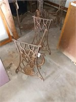 3 SINGER SEWING MACHINE METAL BASES ONLY