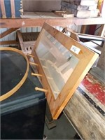 NEEDLE POINT LOOM AND MIRRORED WALL HOOKS