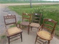 4 WOOD CHAIRS WITH WOVEN SEATS