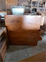 OAK TABLE WITH TOP