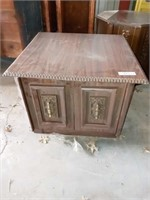 2 WOOD END TABLES