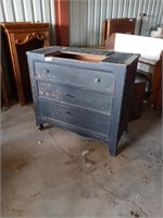 3 DRAWER CABINET MISSING TOP BOARD