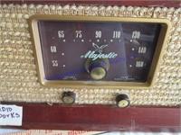 RADIO/STEREO