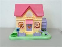 Epoch Hamtaro House and Figures