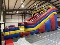 Lot 89 - Inflatable Bounce House (Slide)