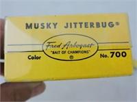 Musky Jitterbug #700