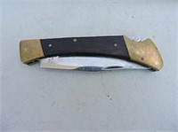 Pocket Knife With Stainless Steel Blade