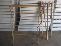 Wood clothes dryer