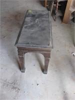 Piano bench