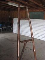 Bamboo easel & 2 sided magazine rack