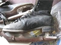 Men's black ice skates