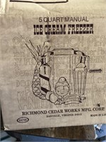 5 quart Sterling ice cream freezer