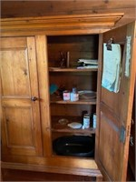 ANTIQUE CUPBOARD APPROX 5 FT