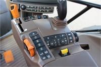 2016 JOHN DEERE 6130R MFWD TRACTOR - 1895HRS