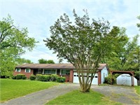 Clinton, TN Real Estate Auction
