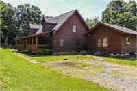 Beautiful Log Home for Sale in Narrows VA